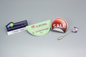 badges quadricromia
