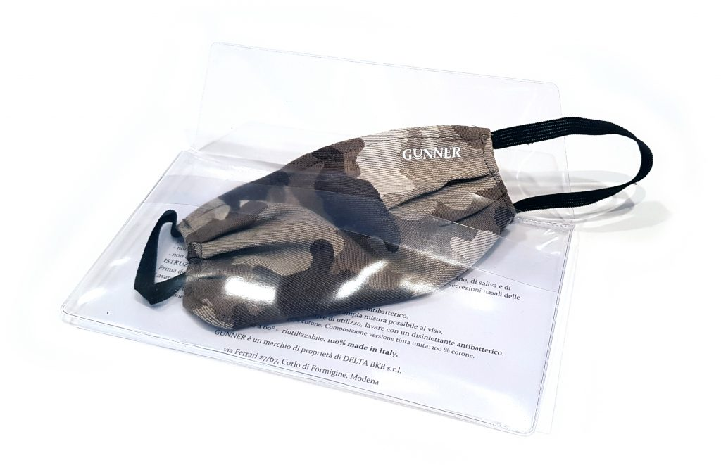 MAscherina Gunner con custodia in PVC